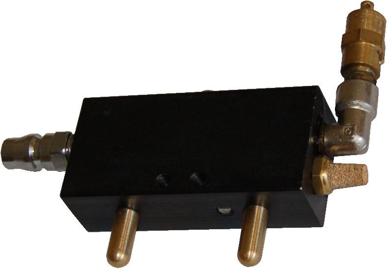 commande pneumatique de rechange pour cric pneumatique a boudins cric rouleur et chandelle. Black Bedroom Furniture Sets. Home Design Ideas